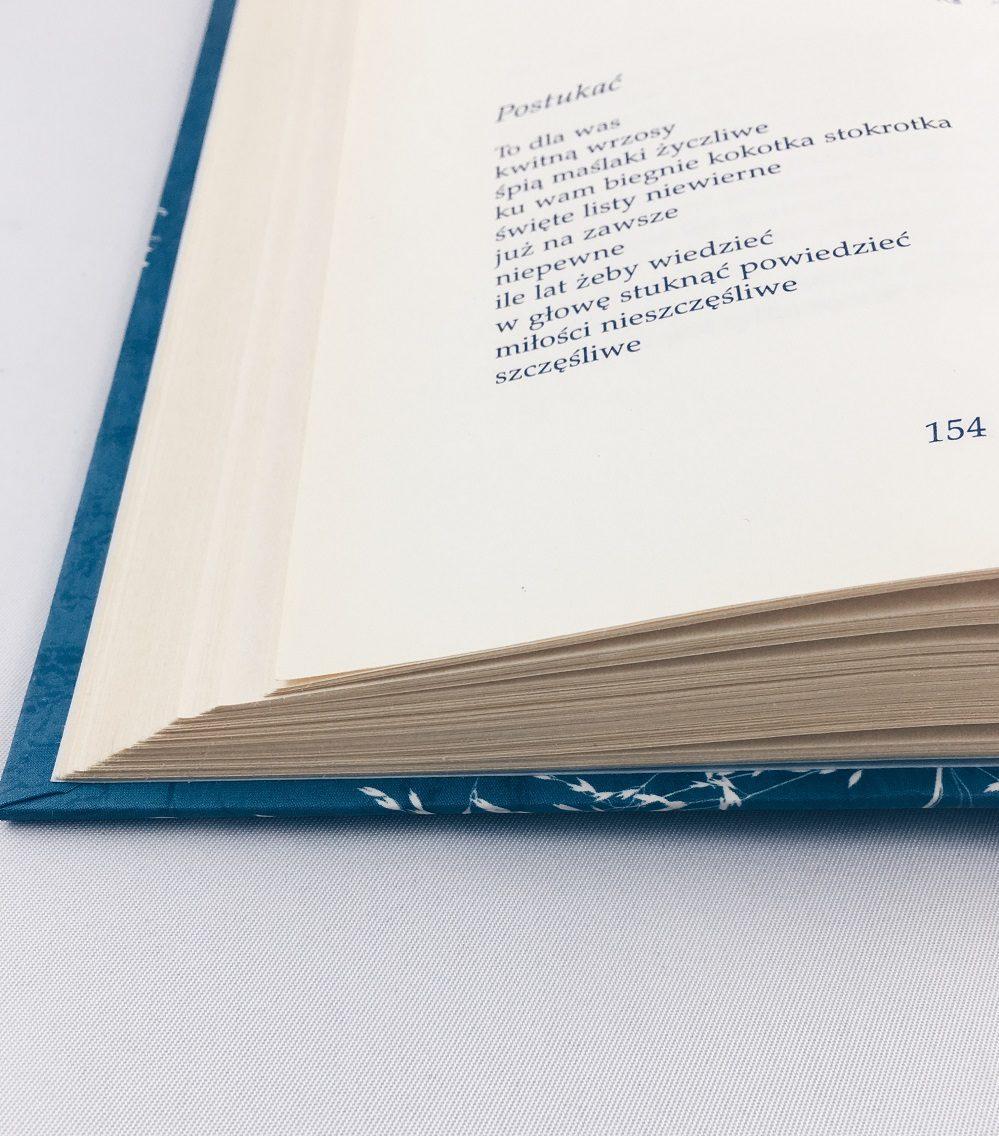 Kilka Powodów Dla Których Lubię Czytać Poezję Opowiemci